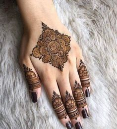 50 Most beautiful United Kingdom Mehndi Design ( United Kingdom Henna Design) that you can apply on your Beautiful Hands and Body in daily life. Modern Henna Designs, Finger Henna Designs, Mehndi Designs Book, Latest Bridal Mehndi Designs, Mehndi Design Pictures, Mehndi Designs For Girls, Mehndi Designs For Fingers, Henna Designs Easy, Beautiful Henna Designs