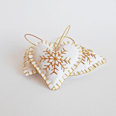 Set of 5 Christmas hearts ornament with snowflake in by gudzy