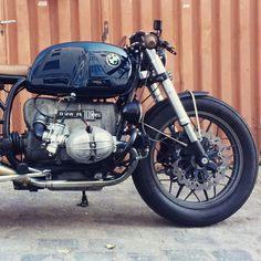 Here & now. #crd61 by @caferacerdreams #motorcycle #Motorcycles #crd #caferacerdreams #bmw #r100rs #madrid #TheBikeOfLove