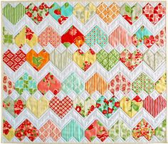 "Zigzag Heart Diamond Quilt Pattern (PDF) - ""ZigZag Love"" - Beginner Friendly and Pre-Cut Friendly. Mini quilt, lap quilt & single bed size."