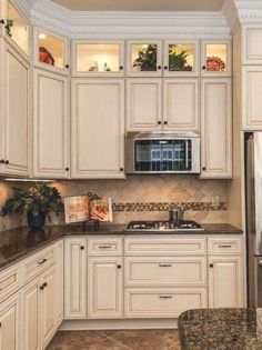 110 Antique White Kitchens Ideas Antique White Kitchen Antique White Kitchen Cabinets Kitchen Design