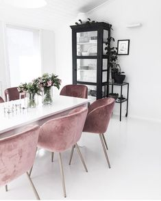 Dear design lover, are you ready for 10 Design Chairs For Your Modern Dining Room? Dining tables are important, they are the center of the dining room, but some modern dining chairs will light up your Dining Room Design, Dining Room Decor, Room Inspiration, Interior Design, House Interior, Living Room Decor, Dining Room Chairs, Velvet Dining Chairs, Modern Dining