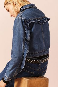 Ruffle-Trim Denim Jacket Jetzt bestellen unter: https://mode.ladendirekt.de/damen/bekleidung/jacken/sonstige-jacken/?uid=e9cfa230-a974-53a3-9fdd-ea0ec799e05c&utm_source=pinterest&utm_medium=pin&utm_campaign=boards #women's #accessories #clothing #outerwear #sonstigejacken #bekleidung #jacken