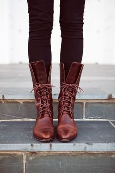 I HAVE  to have these!! boots - Vintage Cole Hann