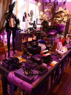 Modern Vintage Boutique, Love Store, Boutique Decor, Reims, Just Shop, Dressing Area, Interior Concept, Store Fronts, Lingerie Stores