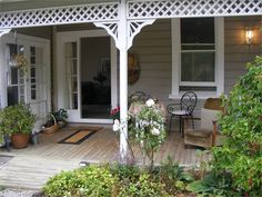 """Dunedin Holiday Home accommodation. """"HARBOUR VIEW COTTAGE"""" DUNEDIN"""