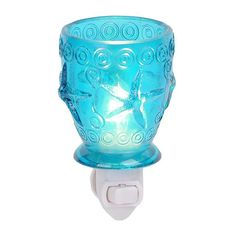 Keep a light glowing in your home with this Turquoise Starfish Glass Night Light. It will fit any coastal theme from your living room to your child's bedroom. Pirate Bathroom, Mermaid Bathroom Decor, Ocean Bathroom, Mermaid Bedroom, Bathroom Kids, Kids Bath, Girl Bathrooms, My Pool, Room Themes