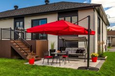 Apartment Patio Comfy corner patio with fire pit. Patio Railing, Pergola Patio, Diy Patio, Pergola Ideas, Patio Fence, Corner Pergola, Wood Patio, Pergola Kits, Railings