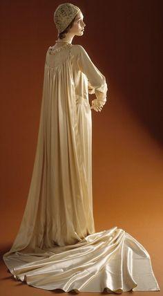 Wedding Ensemble Edward Molyneux, 1929 The Los Angeles County...