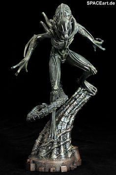 Alien 2: Alien Warrior Statue