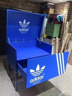 Nike schuhschrank sneakerbox shoebox von for Schuhschrank jordan design
