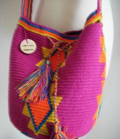 get the look!  http://www.musthave.de/trends/wayuuu-taschen.html