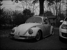 oooohhhhh  vw beetle.... sweet little car.