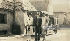 Wynne Clare English comic actor and director Charlie Chaplin and English actress Effie Atherton Hollywood California 1926 Charlie Chaplin, Chaplin Film, John Hawkes, Charles Spencer Chaplin, Bad Memories, English Actresses, Hollywood California, Old Movies, Filmmaking