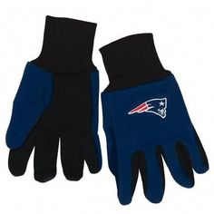 Now kids can show off their team spirit like Mom and Dad, or even look like their favorite sport hero with these great two tone gloves. Made By Wincraft, Inc. Youth Baseball Gloves, Baseball Helmet, Baseball Uniforms, Baseball Caps, Baseball Field, Nfl Sports, Kids Sports, Sports Fan Shop, Cleveland Indians Baseball
