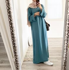 Hijab Style Dress, Modest Fashion Hijab, Street Hijab Fashion, Abaya Fashion, Muslim Fashion, Mode Turban, Look Fashion, Fashion Outfits, Casual Dresses Plus Size