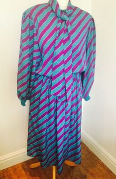 Vintage-70s-early-80s-Pussy-Bow-Vibrant-Blue-Purple-Day-Or-Party-Dress-Sz-12-14