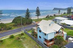 Waves, a Lennox Head House   Stayz