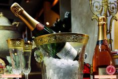It's our favorite day of the week... Happy Champagne Friday!  #Paris #ChampagneFriday