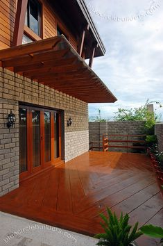 Myhaybol - photo gallery of real homes in the Philippines showcasing Filipino architecture and interior design. Modern Tropical House, Tropical House Design, Tropical Houses, Filipino Architecture, Architecture Design, Philippine Architecture, Modern Filipino House, Old House Design, Philippines House Design