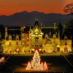 Christmas at Biltmore is just 2 months away! Buy tickets now- popular dates sell out, early bird pricing available before Sept 15. Find details on RomanticAsheville.com!