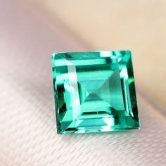 カシミール産エメラルド0.69ct emerald from kashimir    http://www.rejou.jp/?pid=94649719