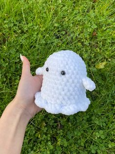 Diy Crochet Projects, Crochet Crafts, Crochet Toys, Knit Crochet, Kawaii Crochet, Cute Crochet, Chunky Crochet, Chunky Yarn, Crochet Designs