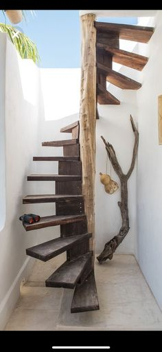 307 best rustic stairs images in 2019 Rustic Staircase, Spiral Staircase, Belt Driven Ceiling Fans, Round Stairs, Stairs In Kitchen, Earthship Home, Stair Handrail, Layout Design, Loft Room