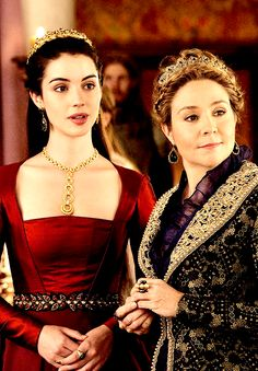 Mary and Catherine in The Lamb and the Slaughter. (2x04)