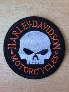 écusson patch harley davidson hd tête de mort skull head diameter 9 cm