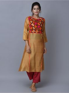 Golden Chanderi Phulkari Kurta