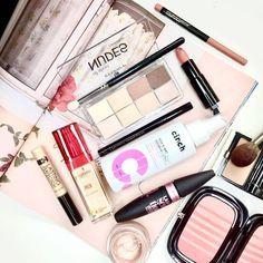 See more of what Im loving at www.lipsticknlingune.com