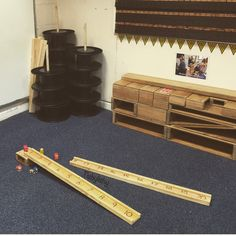 Numbered ramps, plastic reels and hollow blocks in my construction area. Early Years Maths, Early Years Classroom, Construction Eyfs, Curiosity Approach Eyfs, Reception Class, Maths Area, Eyfs Classroom, Continuous Provision, Block Area