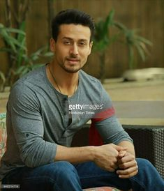 Tiger Girl, Tiger Love, Bollywood Celebrities, Bollywood Actress, Tiger Shroff Body, South Hero, Best Hero, Actors Images, Boys Dpz