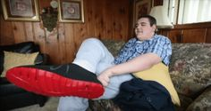 World's Tallest Teenager Gets 3-D Printed Shoes For His Size-28 Feet - http://all-that-is-interesting.com/teenager-3d-printed-shoes?utm_source=Pinterest&utm_medium=social&utm_campaign=twitter_snap