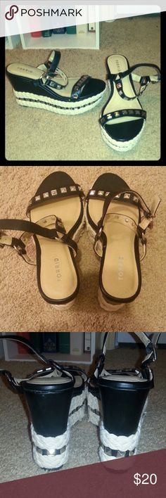 Platform woven wedges Theses are so cool! They're 4in but there's not much of an incline so they are easy to walk in. Only worn once. torrid Shoes Wedges