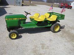 John Deere 314 Lawn & Garden Tractor for sale online Small Tractors, Tractors For Sale, Old Tractors, John Deere Tractors, Lawn Tractors, Tractor Seats, Tractor Mower, Garden Tractor Pulling, Homemade Tractor
