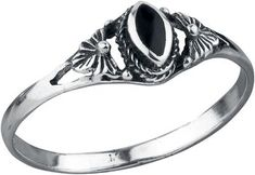Fine Silver Ring: - delicate ring with black onyx - width 6.5 mm - 925 sterling silver For very special occasions you can buy this Fine Silver finger ring. The fancy trinket comes with a beautiful gem. The ring has very complex engravings on the front and required a lot of man hours to make!