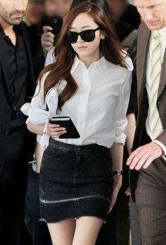 Jessica Jung @ LA Lax airport