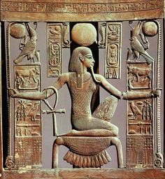 Back of a chair from the tomb of Tutankhamun (1341-1323 BC) depicting the godHeh, spirit of the million years. Now in the Egyptian Museum, Cairo.