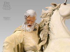 Gandalf, o Branco, em Shadowfax. #geek #actionfigure #thelordoftherings