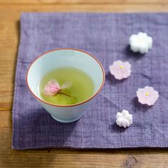 Enjoy japanese spring with green tea and japanese sweets. So relax time here!