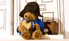 Paddington Bear- had a pop up book with him in it. Used to be my favorite book. Kids Tv, 90s Kids, Peppa Pig, Gif Pokemon, Bear Signs, Simpsons, Nostalgia, Bear Photos, Care Bears