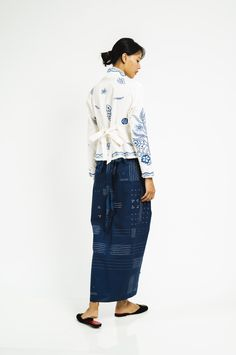 Kebaya Linen Bordir Bunga Laut - Sejauh Batik Fashion, Ethnic Fashion, Shape And Form, Indonesian Kebaya, Batik Kebaya, Casual Outfits, Beaded Shoes, Batik Pattern, Purchase History