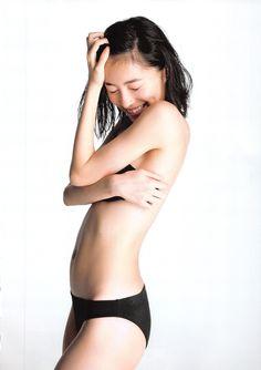 極小水着の松井珠理奈さん