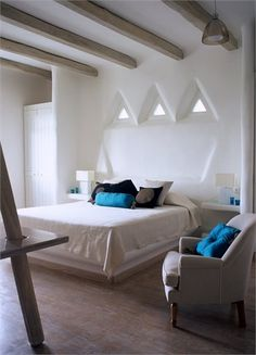 Paros House overlooking the Aegean - Design – supervision : Alexandros Logodotis .............. Associates : Vathrakokoilis Dimitris, Architect - Πάρος, Greece - 2003 - alexandros logodotis #bedroom #architecture #interiors