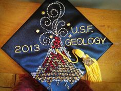 A #USF geology student's mortar board.