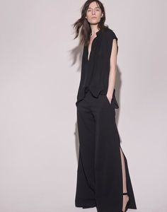 See the complete Nili Lotan Fall 2016 Ready-to-Wear collection.