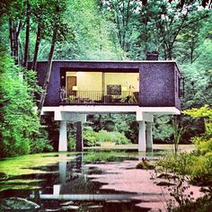 An inspired architectural moment. #1960's #design #outdoorchic