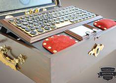 First Steampunk Laptop out of the Steampunk-Design.de Wokshop by Admiral Aaron Ravensdale Great Inventions, Steampunk Design, Dieselpunk, Laptop, Steam Punk, Cyberpunk, Fantasy, Work Shop Garage, Steampunk
